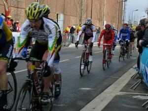Course de Valenciennes, dans le peloton