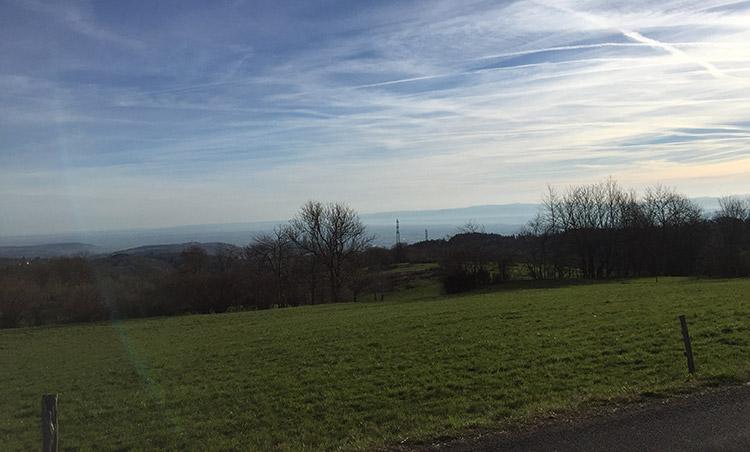 Belle vue au dessus de Clermont-Ferrand