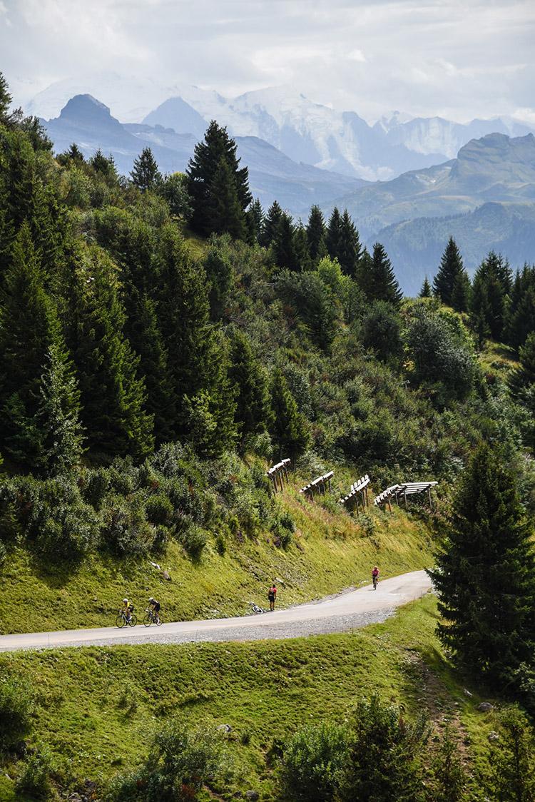 Le Col de Joux Plane dans de magnifiques paysages...